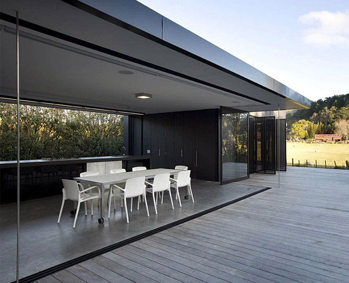 Great Barrier House relaxed holiday destination