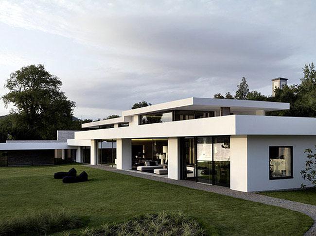Coastal House Design glass wall house