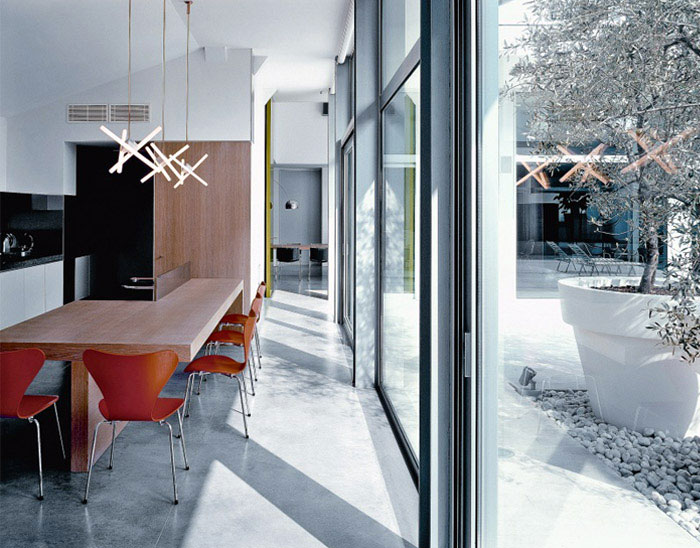 Modern Houses in Busto Arsizio, Italy dining room