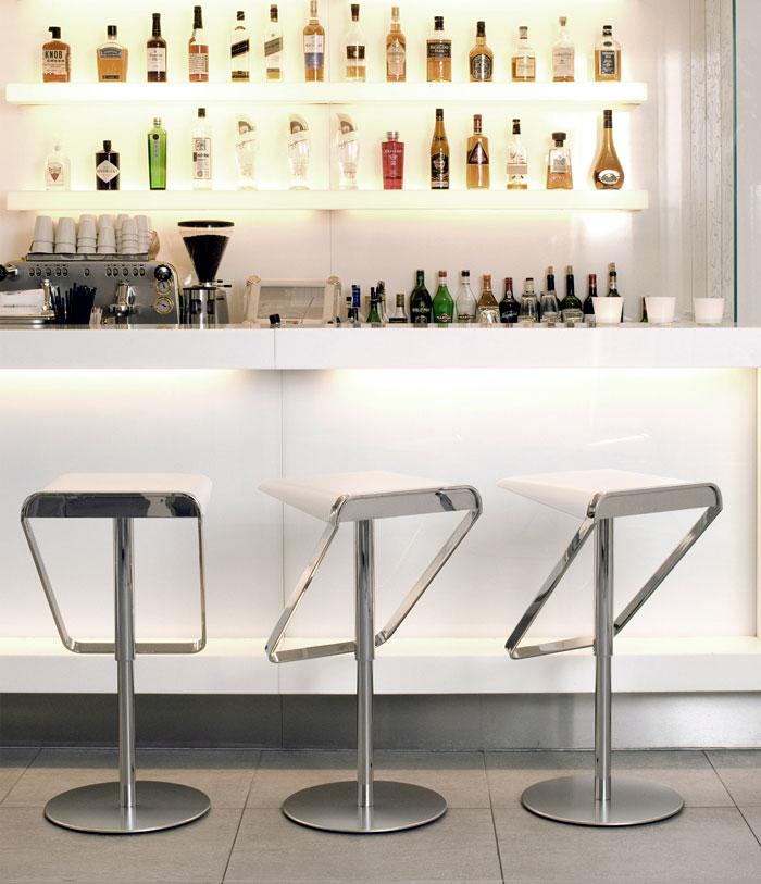 Modern design bar home