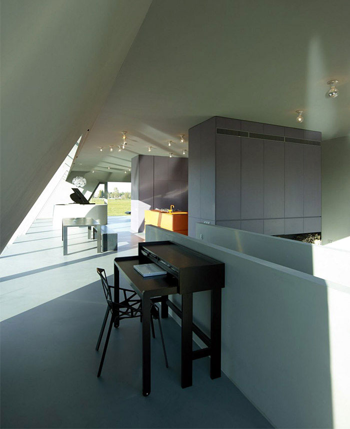 The SODAE House by VMX Architects amstelveen house