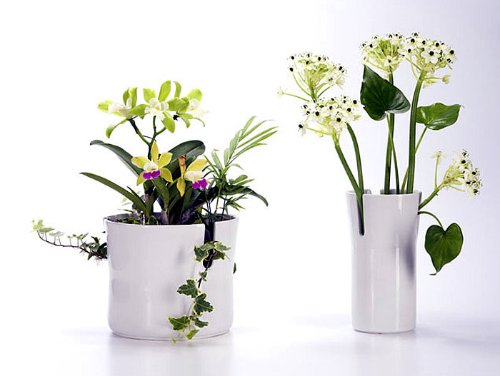 Functional design by Andreas Saxer snow blossom vases