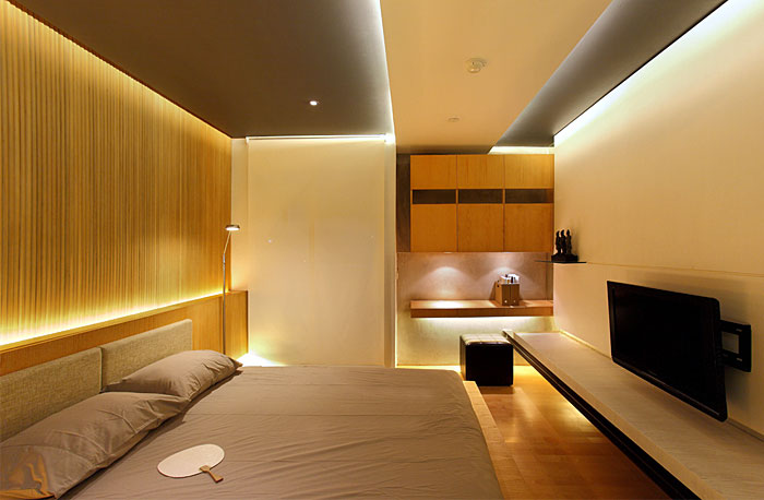 Stylish Apartment by Chrystalline Architect stylish apartment bedroom