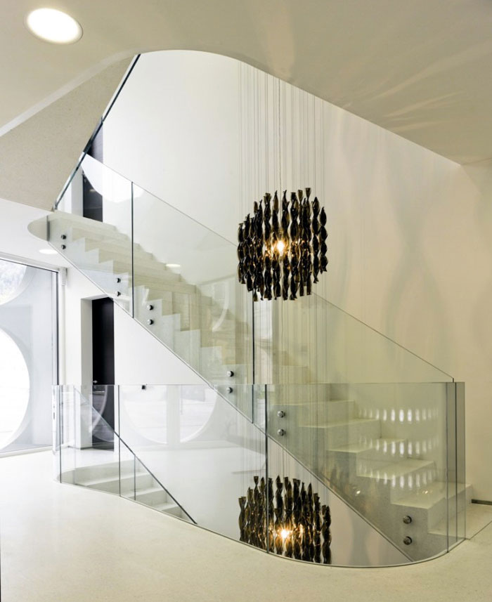 Sculptural Villa in Swtzerland two level interior