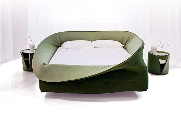 Looking for a cool bed?  col letto lago