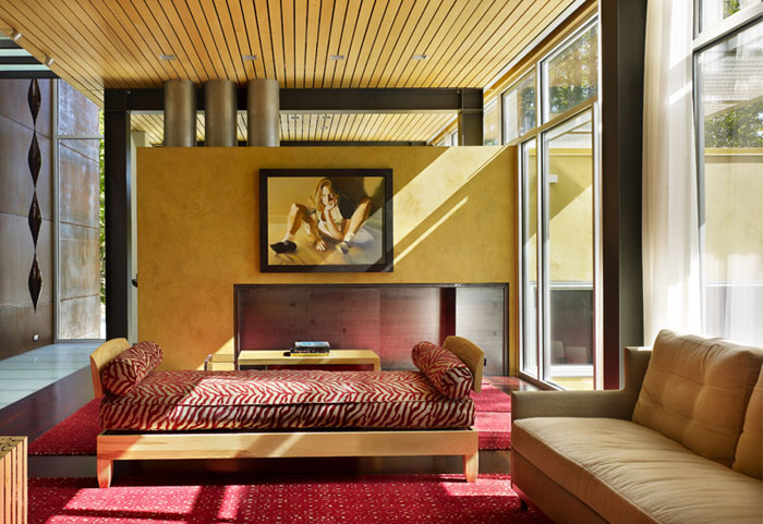 Mad Park Residence red colored interior