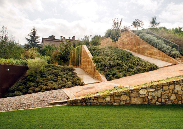 Castellbell i el vilar spain for List of landscape architects