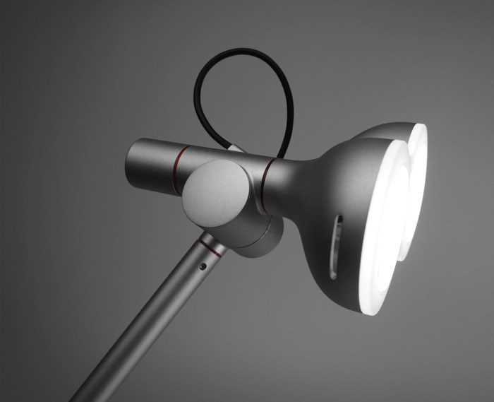 A Lamp Thats (Almost) as Cute as Wall E  lobot task lamp3