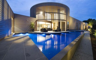 contemporary-sculptural-building-outdoor