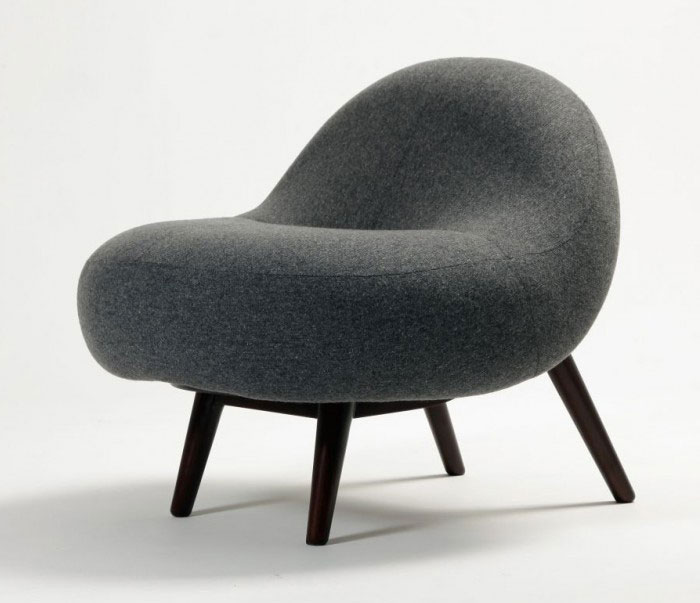 Soft Line Chair legs from round cushion