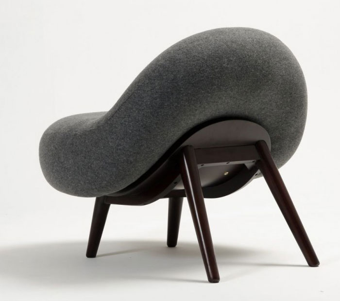Soft Line Chair legs from round cushion1