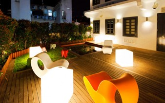 contemporary-design-hotel-garden-decor
