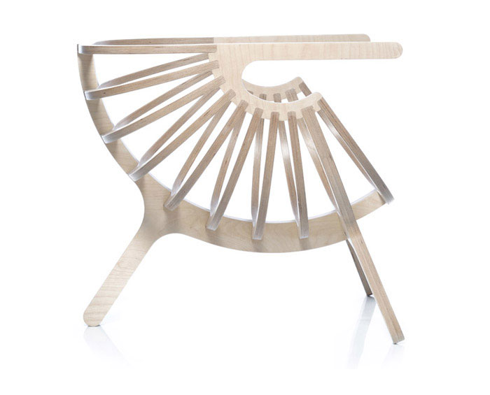 Collaboration Between Nature and Technology shell lounge chair