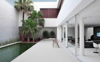contemporary-brazilian-house-pool