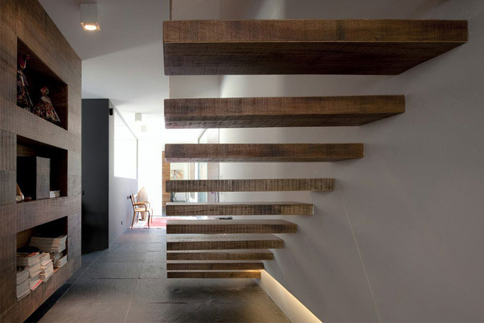 Remodeling of an Urban House urban house interior staircase