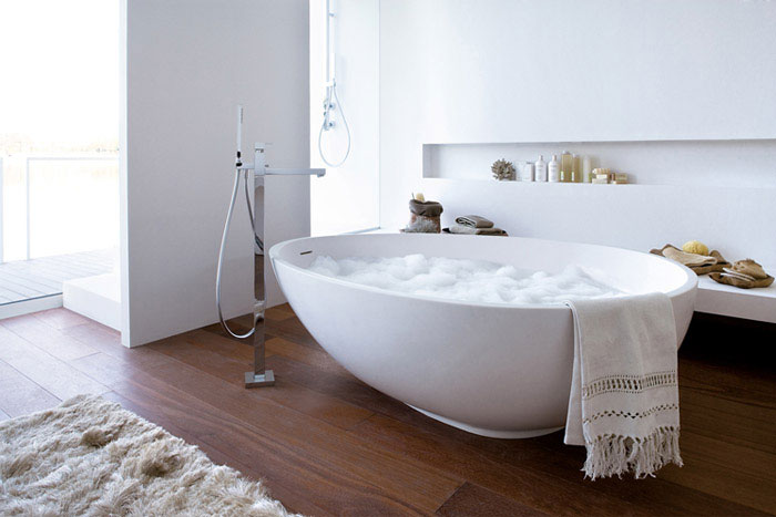 Comfortable bathtubs for the pleasure and relaxing for Bathtub material comparison