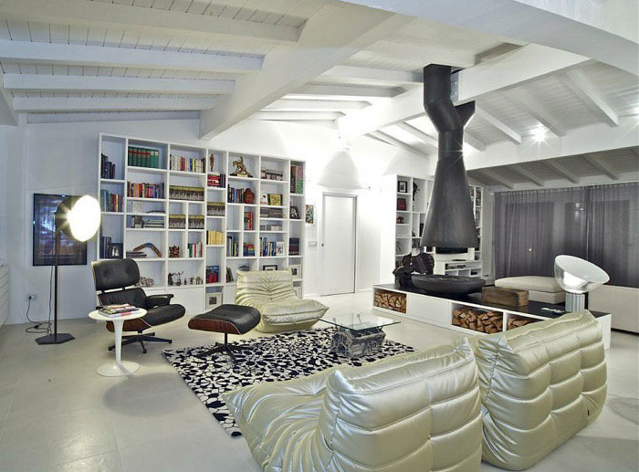 Amazing Penthouse italian penthouse living area decor