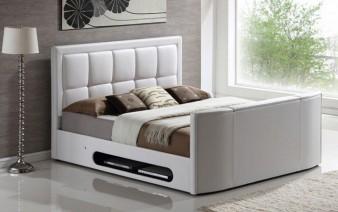bedroom-tv-bed