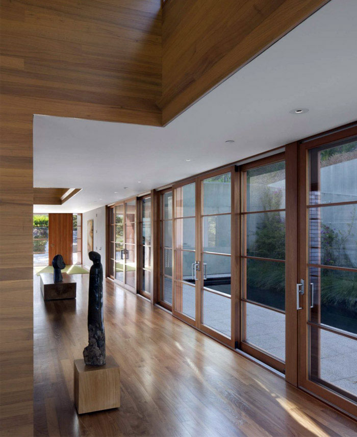 Hillside Residence house incorporates passive active heating