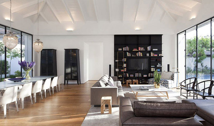 Elegant and Modern House elegant modern dining area