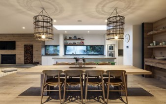 contemporary-residence-interior-kitchen