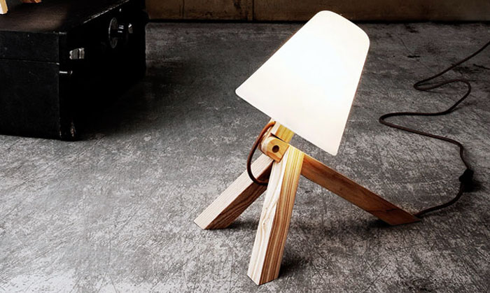 dog-like-table-wall-lamp-spiff
