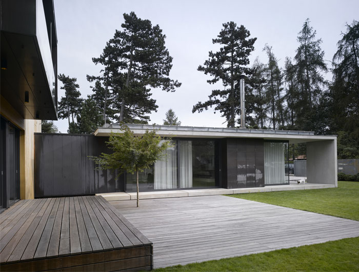 Family House Divided into Two family house in cernosice studio9