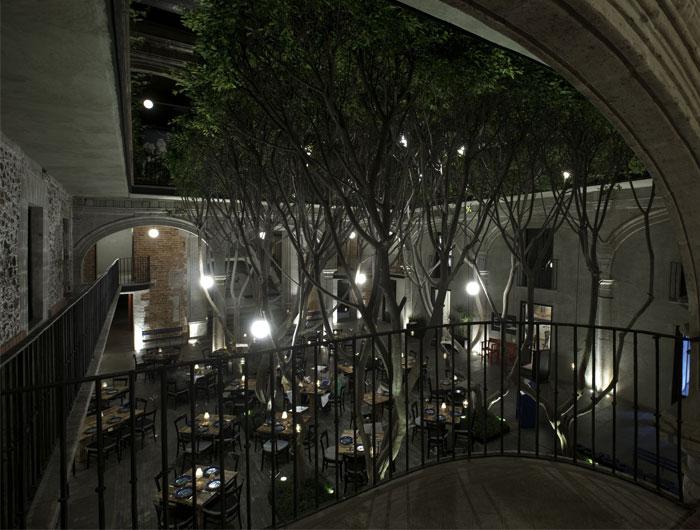 boutique-hotel-inner-courtyard