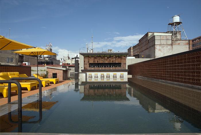 boutique-hotel-pool-area