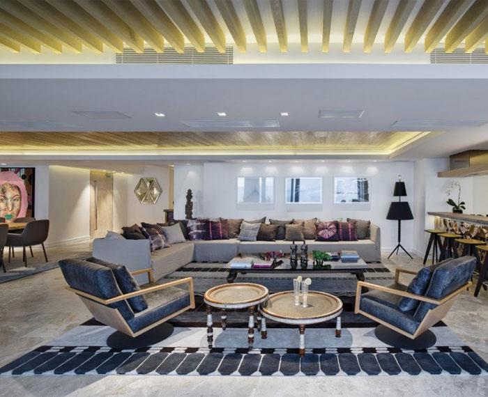 double-level-apartment-large-sofa