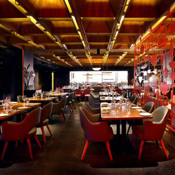 restaurant-amazing-red-decor6