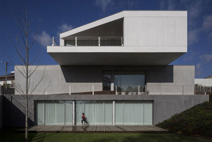 building-created-three-different-volumes