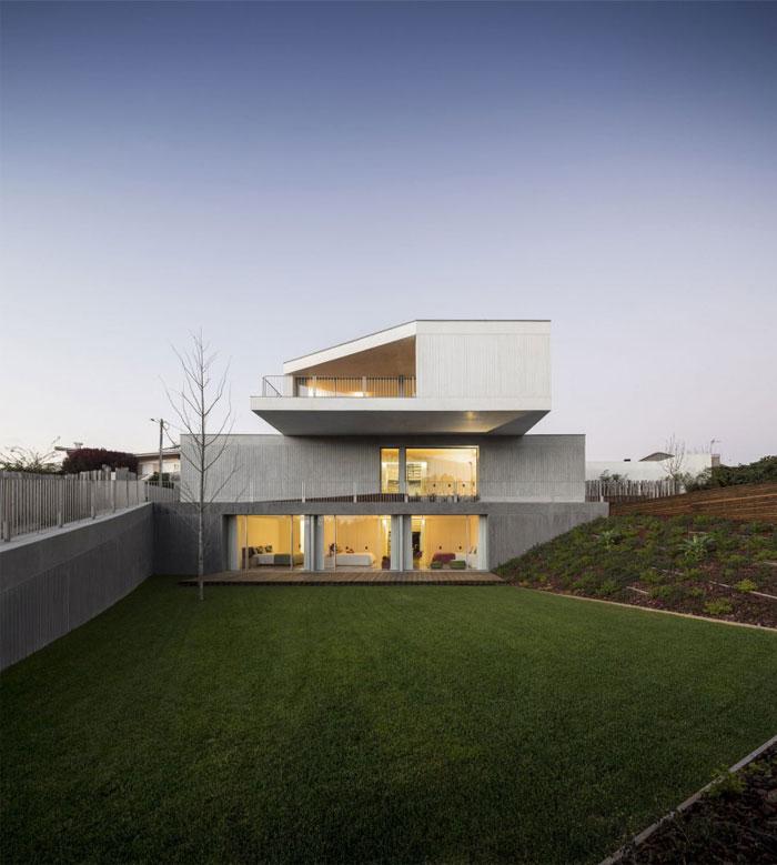 house-travanca-garden