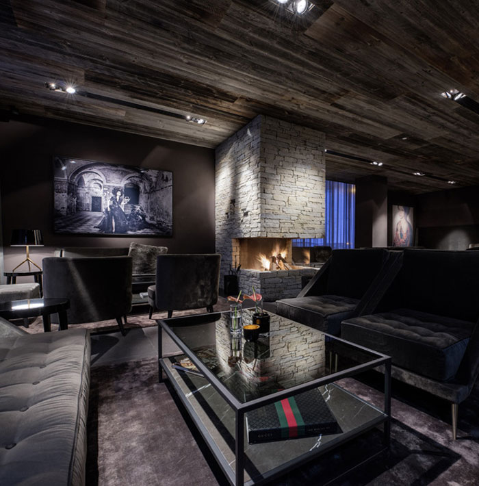 Hotel whit innovative architecture and design interiorzine for Decoration bar lounge