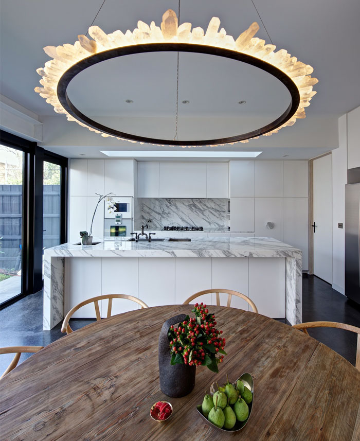 Kitchen Decoration With Waste Material: Bright Living Space