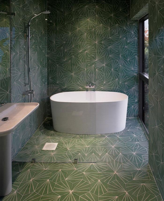 green-tile-bathroom2
