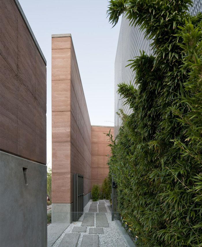 green-wall-environment