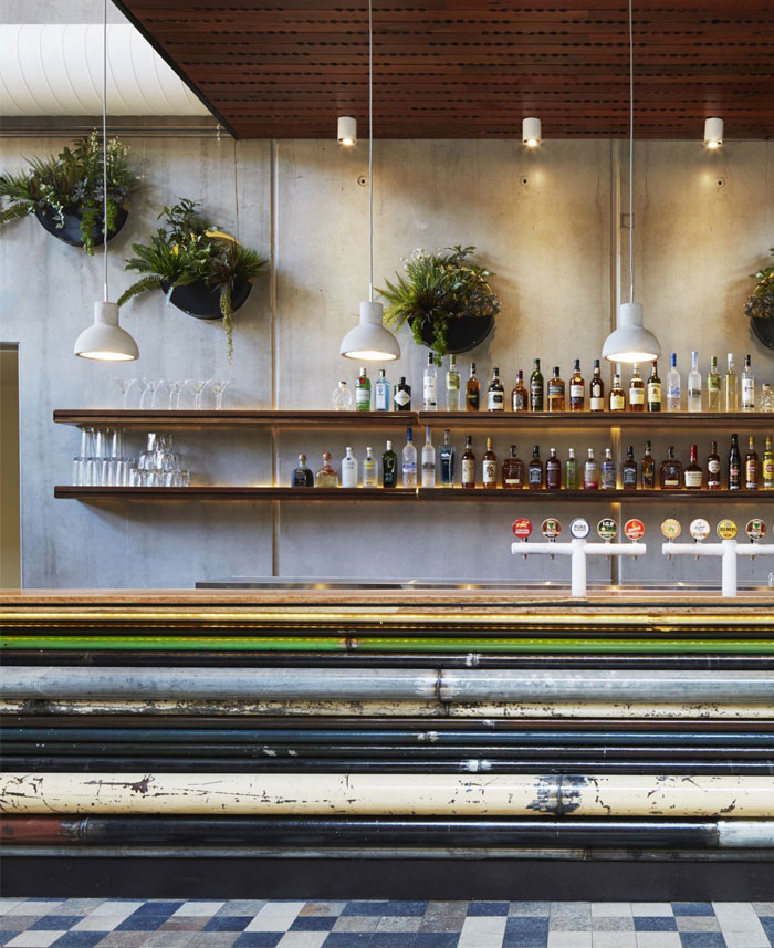 prahran-hotel-interior-bar-decor