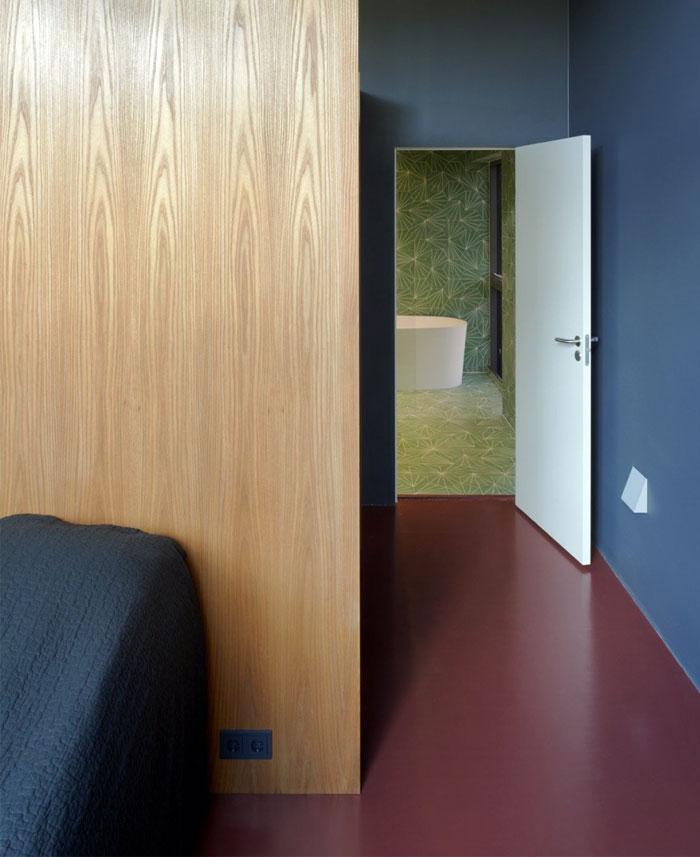 red floor bedroom3