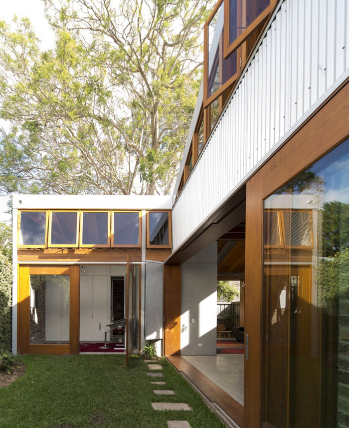 charm-eclectic-cowshed-house8