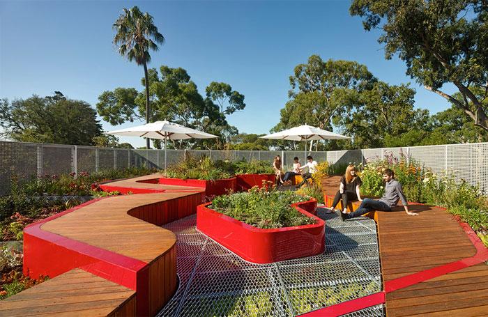 green-infrastructure-installation-plants1