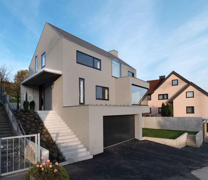 minimalist-trapeze-shaped-house1