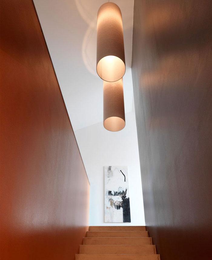 minimalist-trapeze-shaped-house7