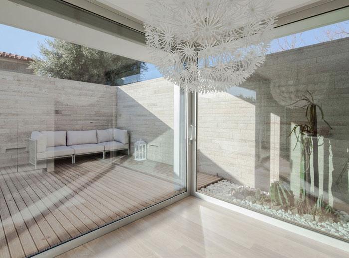 naturally-white-interior12