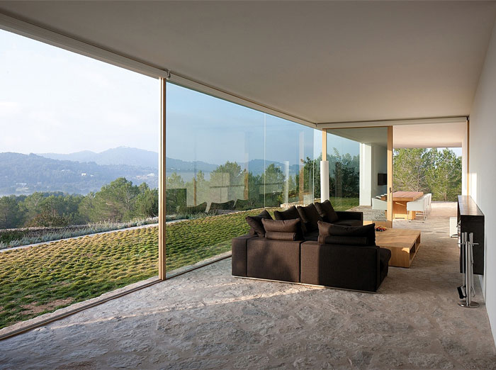 country-environment-encircling-house2