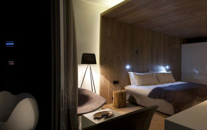 bedroom-finished-palette-natural-materials-timber-slate-granite8