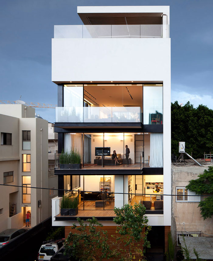 five-floor-private-house-swimming-pool7