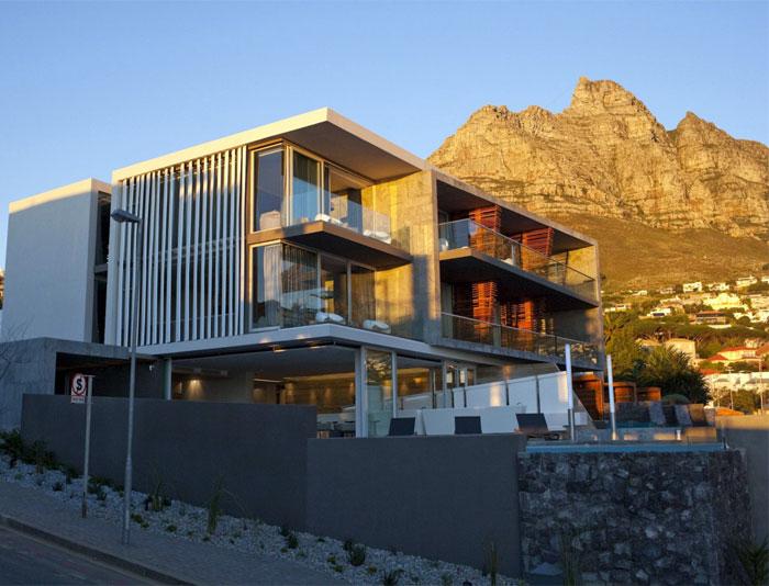 interior-finished-palette-natural-materials-timber-slate-granite3