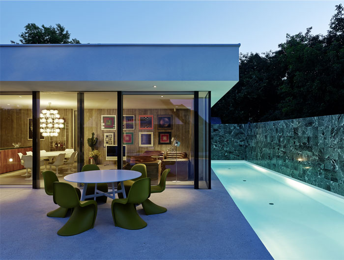 white-exterior-building-colour 4