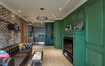 living-room-decorated-green-wall-panels4